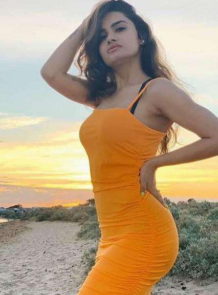 Sexy Girls In Raipur